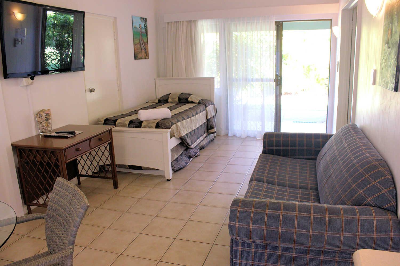 Family Room Loungeroom full