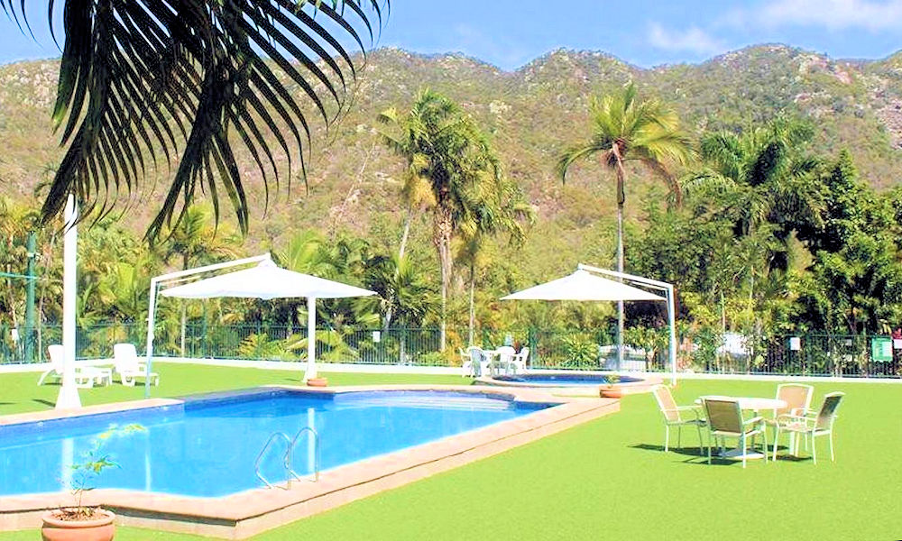 Magnetic Island Resort Features - Swimming Pool