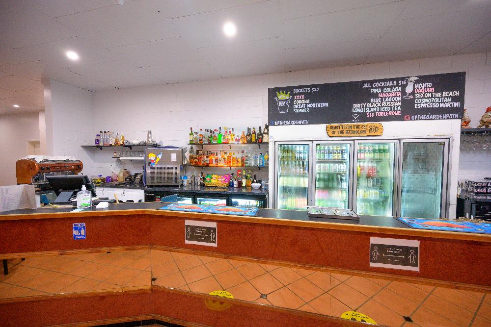 Dining at Amaroo On Mandalay - Bar Area